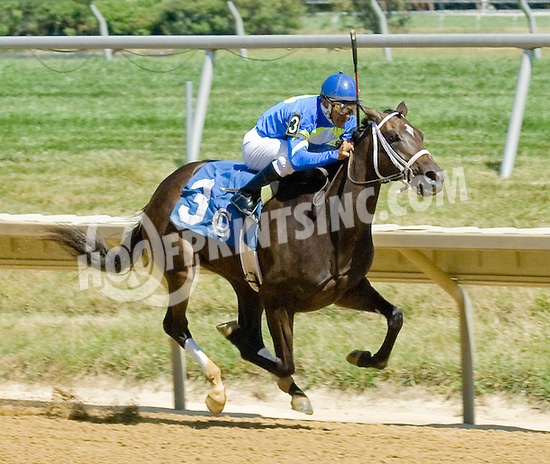 She's all Scat winning at Delaware Park on 7/25/12