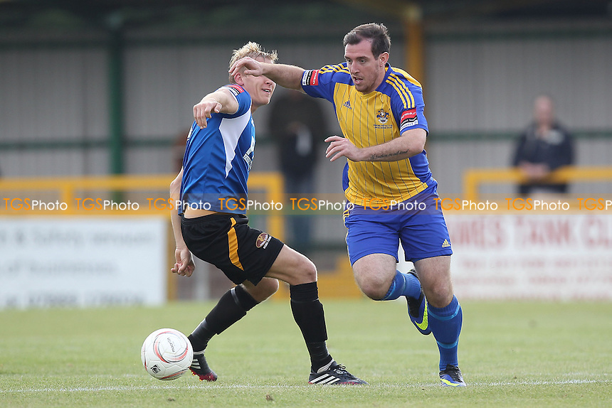 Nick Reynolds in action for Romford - Romford vs Bury Town - FA Challenge Cup 1st Qualifying Round Football at Ship Lane, Thurrock FC - 14/09/14 - MANDATORY CREDIT: Gavin Ellis/TGSPHOTO - Self billing applies where appropriate - contact@tgsphoto.co.uk - NO UNPAID USE