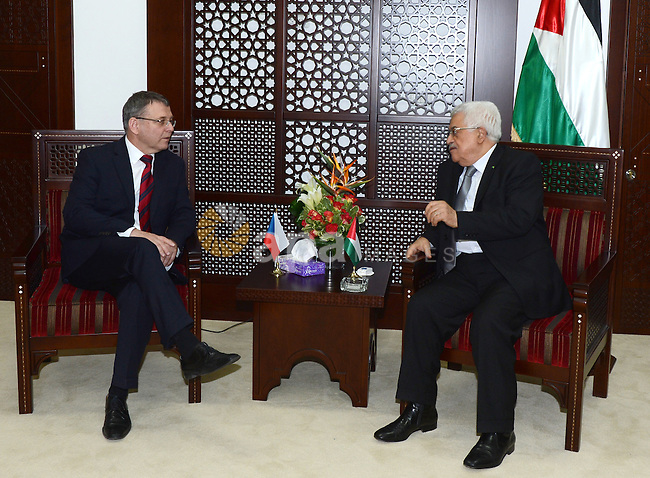 Palestinian President, Mahmoud Abbas (Abu Mazen) meets with Lubomir Swalec Czech Foreign Minister in the West Bank city of Ramallah on November 6, 2014. Photo by Osama Falah