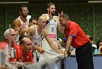 MEDELLÍN - COLOMBIA, 25-08-2017: Eddie Casiano JR, entrenador de Puerto Rico, da instrucciones durante el partido entre Puerto Rico y Mexico de la fase de grupos, grupo A, de la FIBA AmeriCup 2017 jugado en el coliseo Iván de Bedout de la ciudad de Medellín.  El AmeriCup 2017 se juega  entre el 25 de agosto y el 3 de septiembre de 2017 en Colombia, Argentina y Uruguay. / Eddie Casiano JR, coach of Puerto Rico, gives directions during the match between Puerto Rico and Mexico of the group stage Group A of the FIBA AmeriCup 2017 played at Ivan de Bedout  coliseum in Medellin. The AmeriCup 2017 is played between August 25 and September 3, 2017 in Colombia, Argentina and Uruguay. Photo: VizzorImage / León Monsalve / Cont