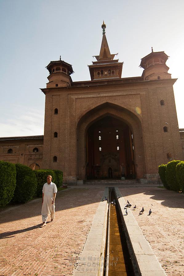 Entry to Jama Masjid Mosque, Srinagar, Kashmir, India.