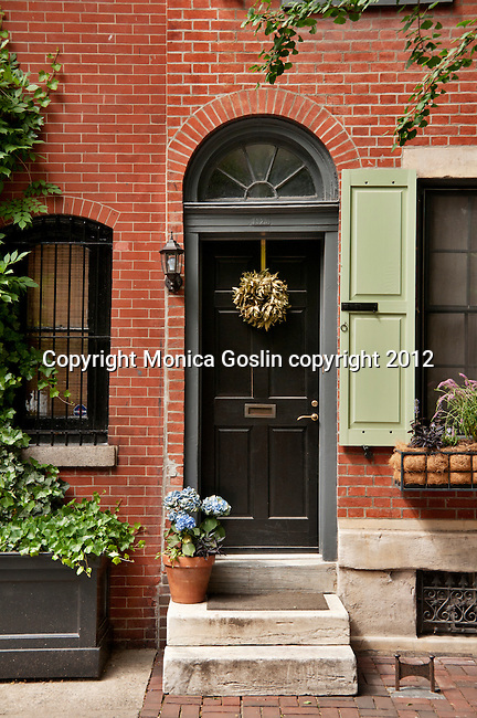 A door and brick house in downtown Philadelphia