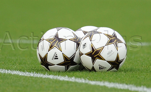 26.05.2011. London England. Womens Champions League Final from Craven Cottage in London. FFC Turbine Potsdam v Olympique Lyonnais. Lyonnaise won 2-0. Champions League 'star' Balls gathered together on the field