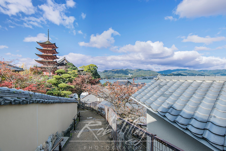 Japan, Miyajima, Toyokuni Shrine Pagoda