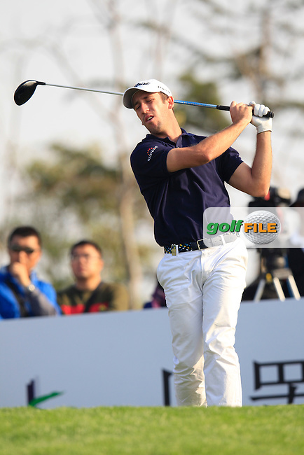 Romain Wattel (FRA) tees off the 16th tee during Sunday's Final Round of the 2014 BMW Masters held at Lake Malaren, Shanghai, China. 2nd November 2014.<br /> Picture: Eoin Clarke www.golffile.ie