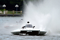 "Kent Henderson, H-777 ""Steeler"", Bobby King, H-242    (H350 Hydro) (5 Litre class hydroplane(s)"