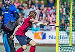 DEN HAAG -  Koen Bijen (HCKZ)  heeft de stand op 1-2 gebracht  tijdens  de eerste Play out wedstrijd hoofdklasse heren ,  HDM-HCKZ (1-2) . . COPYRIGHT KOEN SUYK
