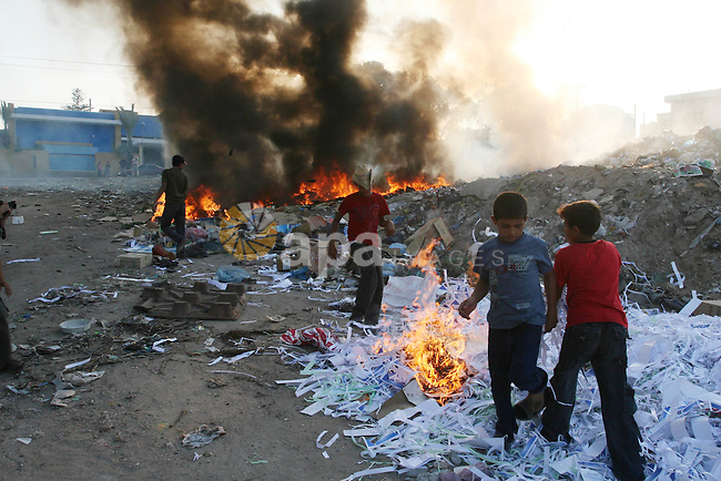 Palestinian boys burn garbage piles in Gaza City. Municipal workers including garbage collectors in the territory have been on strike for nine days due to a lack of pay. When asked to describe the situation in Gaza after the Islamist group Hamas takeover, 46.7 percent said it was worse, compared with 27.1 percent who said it was better, and 21.1 percent who said it had not changed, according to a survey published today by the Jerusalem Media Communications Centre, which questioned 1,199 people between August 16 and 20 in the Gaza Strip and West Bank.