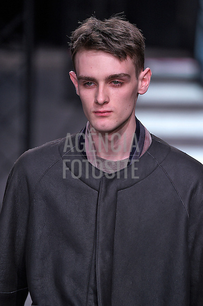 Paul Smith<br /> Paris Masculino- Inverno 2015<br /> <br /> <br /> foto: FOTOSITE