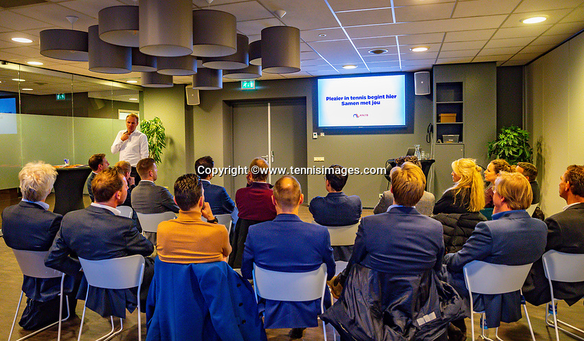 Den Bosch, The Netherlands, Februari 07 2019,  Maaspoort , FedCup  Netherlands - Canada, Partner meeting<br /> Photo: Tennisimages/Henk Koster
