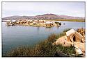 Bolivie<br /> Lac Titicaca<br /> Ile de paille des Indiens Uros