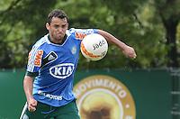 SAO PAULO, 29 DE MARCO DE 2013 - TREINO PALMEIRAS - O jogador Charles durante treino do Palmeiras, no CT da Barra Funda, região oeste da capital, na manha desta sexta feira, 29. (FOTO: ALEXANDRE MOREIRA / BRAZIL PHOTO PRESS)