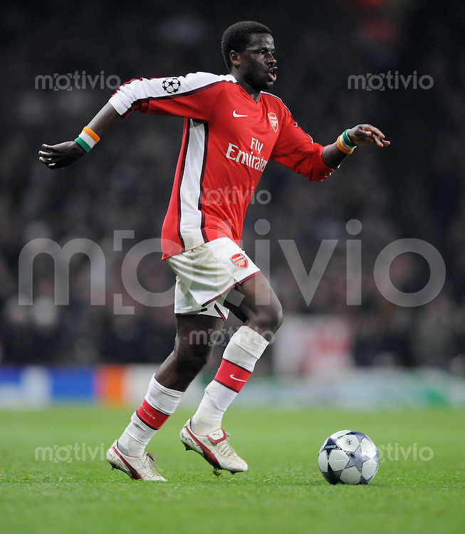 Fussball   International    Champions League   Saison 2008/2009    25.02.2009 FC Arsenal London  -  AS Rom Emmanuel Eboue (Arsenal) am Ball