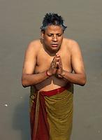 Indien, Kalkutta (Kolkata), Pilger am am Judge Ghat