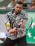 May 24, 2016:  Jo-Wilfried Tsonga (FRA) defeated Jan-Lennard StrufF (GER) 6-3 in the first set at Roland Garros being played at Stade Roland Garros in Paris, .  ©Leslie Billman/Tennisclix/CSM