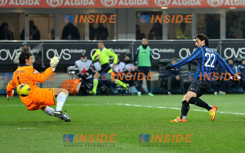 """Il gol di Diego MILITO (Inter) goal celebration.Milano 21/12/2011 Stadio """"Giuseppe Meazza"""".Serie A 2011/2012.Football Calcio Inter Vs Lecce.Foto Insidefoto Alessandro Sabattini."""