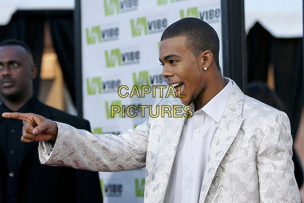 MARIO.Attends The 2nd Annual Vibe Awards which will be aired on UPN. The event was taped at Barkar Hangar in Santa Monica, California,USA, November 15th 2004..half length pointing.Ref: DVS.www.capitalpictures.com.sales@capitalpictures.com.©Debbie VanStory/Capital Pictures .
