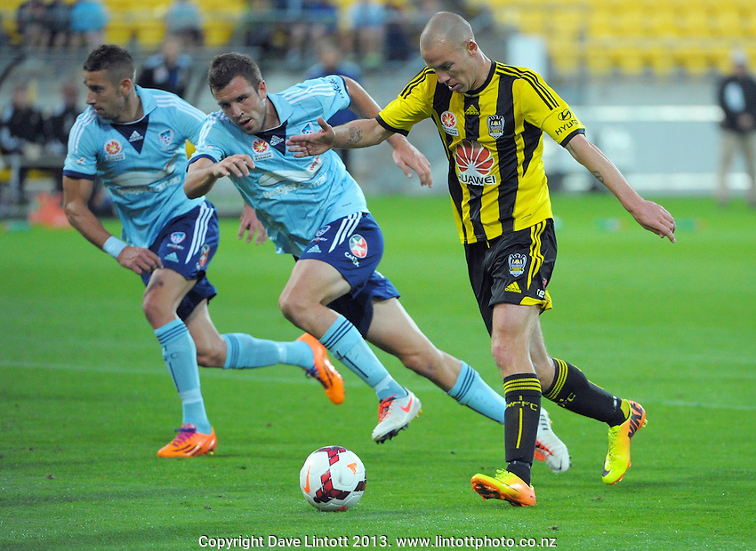 Stein Huysegems lines up a shot on goal during the A-League football match between Wellington Phoenix and Sydney FC at Westpac Stadium, Wellington, New Zealand on Sunday, 22 December 2013. Photo: Dave Lintott / lintottphoto.co.nz