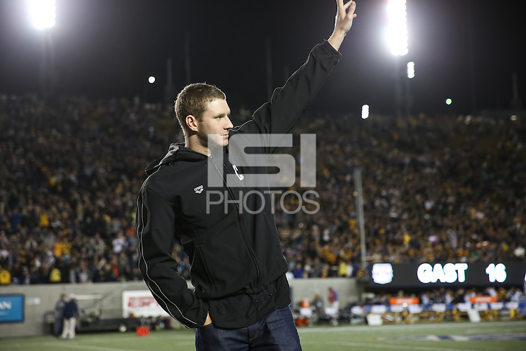 Berkeley, CA - November 5, 2016:  Cal Bears Football vs Washington Huskies at California Memorial Stadium, Final Score:  Cal Bears XX, Washington Huskies XX.