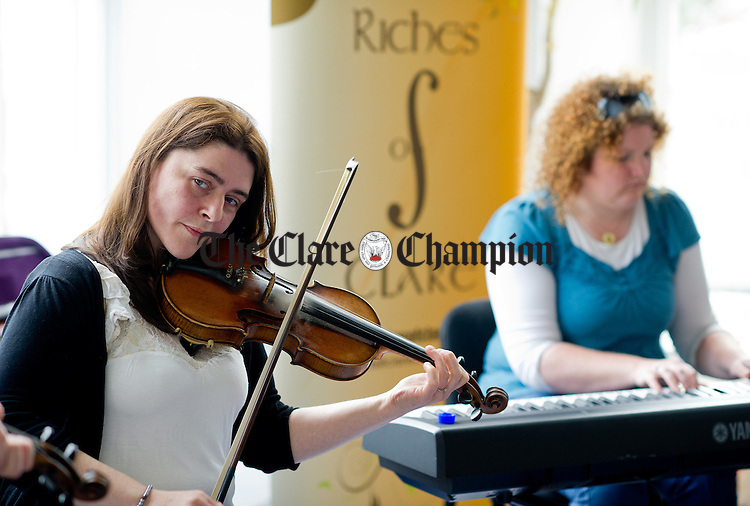 Musicians Siobhan Peoples and Patricia Clarke performing during a Riches of Clare free lunchtime concert as part of the Fleadh Nua in Ennis. Photograph by John Kelly.