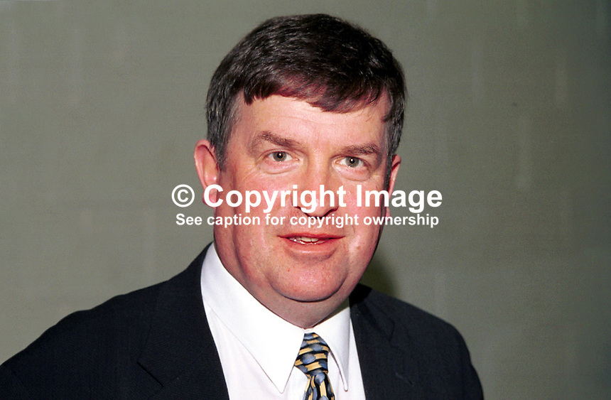 Peter Fitzpatrick, SDLP chairman of Down District Council in N Ireland, UK..Taken at Fianna Fail (Rep of Ireland Political Party) Ard Fheis (annual party conference) March 2000. Ref: 200003004..Copyright Image from Victor Patterson, 54 Dorchester Park, Belfast, UK, BT9 6RJ..Tel: +44 28 9066 1296.Mob: +44 7802 353836.Voicemail +44 20 8816 7153.Skype: victorpattersonbelfast.Email: victorpatterson@mac.com.Email: victorpatterson@ireland.com (back-up)..IMPORTANT: If you wish to use this image or any other of my images please go to www.victorpatterson.com and click on the Terms & Conditions. Then contact me by email or phone with the reference number(s) of the image(s) concerned.