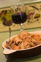 Europe/France/Languedoc-Roussillon/30/Gard/Nîmes : pieds et paquets recette d'Arlette Lucas du restaurant: Halles Auberge, aux Halles, entrée rue Guizot