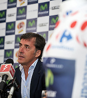 BOGOTA COLOMBIA-31-10-2013: Pedro El Perico Delgado, ex ciclista español, durante rueda de prensa en el Club El Comercio de Bogota, octubre 21 de 2013. La Primera Citycleta Movistar 30 K, en la que participaran miles de colombianos, se realizara en la ciudad de Bogota, por las calles de la ciudad partiendo del Parque Simon Bolivar y siguiendo por la ruta habitual de la ciclovia, el primero de diciembre de 2013. (Foto: VizzorImage Luis Ramirez / Staff.) Pedro El Perico Delgado former cyclist Spanish, during press conference in Club El Comercio de Bogota, October 21, 2013. The First Citycleta Movistar 30 K, which involved thousands of Colombians, will be held in the city of Bogota, in the streets of the city, starting from the Simon Bolivar Park and following the usual route of the bike path the first of December 2013. (Photo: VizzorImage Luis Ramirez / Staff.)