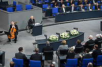 Der Bundestag erinnert am Donnerstag  den 31. Januar 2019 in einer Gedenkstunde an die Opfer des Nationalsozialismus. Der israelische Historiker Saul Friedlaender hielt die Hauptrede. Der 1932 geborene Friedlaender ueberlebte den Holocaust im Versteck. Seine Eltern wurden in Auschwitz ermordet. Friedlaender forschte vor allem zur Geschichte des Nationalsozialismus und zum Schicksal der europaeischen Juden.<br /> Der Bundestag gedenkt traditionell zum Holocaust-Gedenktag der Millionen Opfer des Nazi-Regimes. Am 27. Januar 1945 befreiten Soldaten der Roten Armee das Vernichtungslager Auschwitz.<br /> Im Bild: Am Rednerpult Bundestagspraesident Wolfgang Schaeuble.<br /> 31.1.2019, Berlin<br /> Copyright: Christian-Ditsch.de<br /> [Inhaltsveraendernde Manipulation des Fotos nur nach ausdruecklicher Genehmigung des Fotografen. Vereinbarungen ueber Abtretung von Persoenlichkeitsrechten/Model Release der abgebildeten Person/Personen liegen nicht vor. NO MODEL RELEASE! Nur fuer Redaktionelle Zwecke. Don't publish without copyright Christian-Ditsch.de, Veroeffentlichung nur mit Fotografennennung, sowie gegen Honorar, MwSt. und Beleg. Konto: I N G - D i B a, IBAN DE58500105175400192269, BIC INGDDEFFXXX, Kontakt: post@christian-ditsch.de<br /> Bei der Bearbeitung der Dateiinformationen darf die Urheberkennzeichnung in den EXIF- und  IPTC-Daten nicht entfernt werden, diese sind in digitalen Medien nach §95c UrhG rechtlich geschuetzt. Der Urhebervermerk wird gemaess §13 UrhG verlangt.]