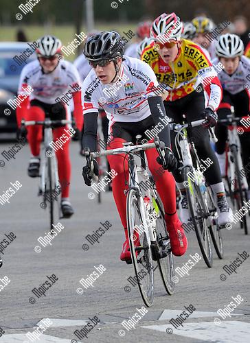 2012-02-19 / Wielrennen / seizoen 2011-2012 / Nieuwelingen / Jarne Jacobs..Foto: Mpics.be