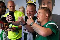 GRONINGEN - Voetbal, Open dag FC Groningen ,  seizoen 2017-2018, 06-08-2017,  op de foto met FC Groningen doelman Segio Padt