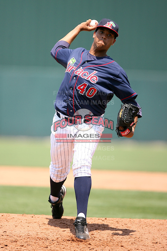 April 13, 2009:  Relief Pitcher Henry Arias of the Fort Myers Miracle, Florida State League Class-A affiliate of the Minnesota Twins, during a game at Hammond Stadium in Fort Myers, FL.  Photo by:  Mike Janes/Four Seam Images