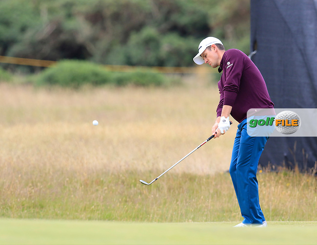 Justin Rose (ENG) chips onto the 14th green during Sunday's Round 3 of the 144th Open Championship, St Andrews Old Course, St Andrews, Fife, Scotland. 19/07/2015.<br /> Picture Eoin Clarke, www.golffile.ie