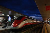 stazione termini. treno alta velocità.