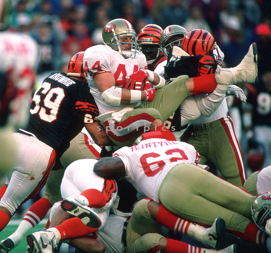 San Francisco 49ers Tom Rathman (44) during a game from his 1990 season with the San Francisco 49ers.  Brent Jones played for 9 years with 2 different teams.(SportPics)