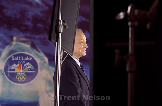 NBC's Olympic announcer Jim McKay has his portrait taken by photographer Trae Patton in Salt Lake City Tuesday. NBC's Olympic team has been in town for the past few days preparing for the Salt Lake Winter Games. 11/06/2001, 3:32:02 PM<br />