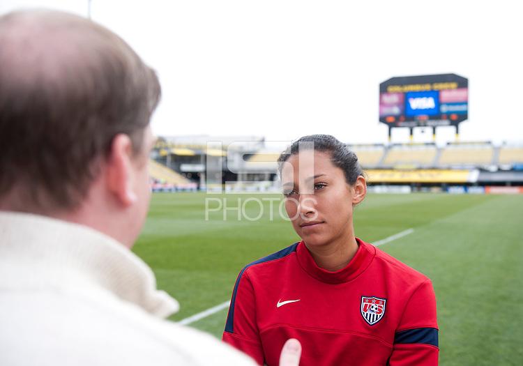 Christen Press, media, Crew Stadium.   The USWNT held a public training at Crew Stadium in Columbus, OH.