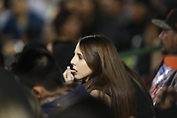 Yadira Hernandez aficionada de naranjeros, durante el juego de beisbol de segunda vuelta de la Liga Mexicana del Pacifico. Segundo partido entre Charros de Jalisco vs Naranjeros de Hermosillo. 16 Diciembre 2017.<br /> (Foto: Luis Gutierrez /NortePhoto.com)