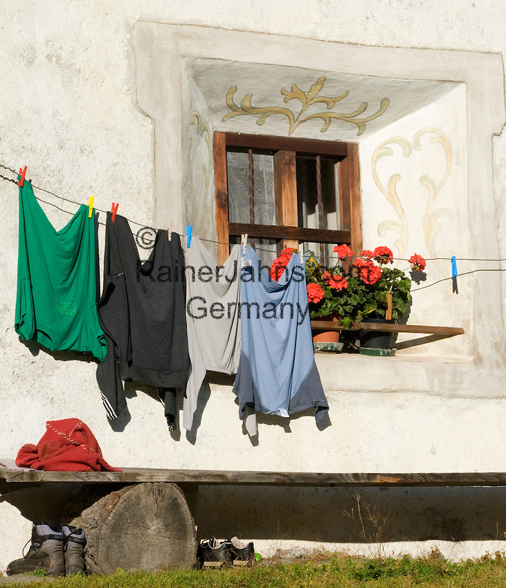 Italy, South Tyrol, Ahrnvalley, entailed estate, window, clothesline
