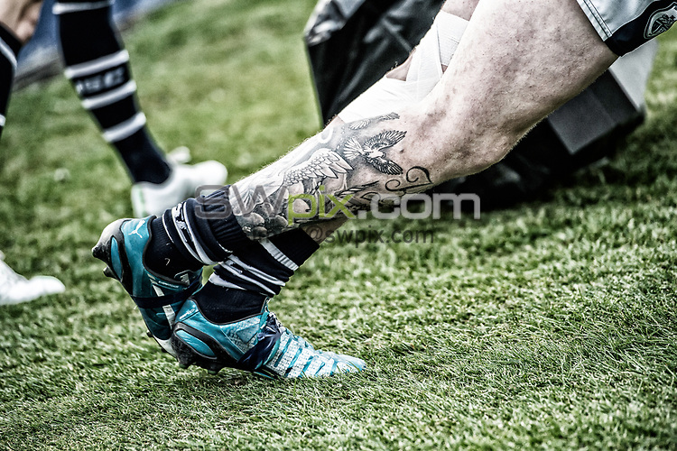Picture by Allan McKenzie/SWpix.com - 11/05/2017 - Rugby League - Ladbrokes Challenge Cup - Featherstone Rovers v Halifax RLFC - The LD Nutrition Stadium, Featherstone, England  - Legs, tattoo's.
