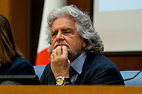 Roma  15 Aprile  2014<br /> Beppe Grillo,  leader del M5S in conferenza stampa presso la Camera dei Deputati per presentare il disegno per  abolizione di Equitalia.<br /> Rome April 15, 2014 <br /> Beppe Grillo, M5S leader during  a press conference in  the Chamber of Deputies to present the plan to abolish Equitalia.