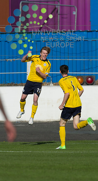 David Weatherston celebrates scoring the opening goal for Falkirk during the Scottish First Division match between Cowdenbeath and Falkirk at Central Park, Cowdenbeath. 29 September 2012. Picture by Ian Sneddon / Universal News and Sport (Scotland). All pictures must be credited to www.universalnewsandsport.com. (Office) 0844 884 51 22.