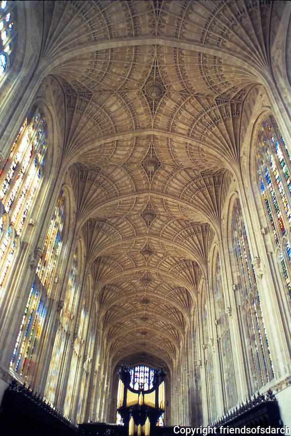 Cambridge: King's Chapel, fan vaulting. Great Vault--John Wastell, Master Mason. Photo '82.