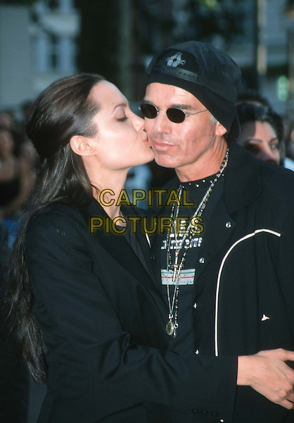 ANGELINA JOLIE & BILLY BOB THORNTON.Ref: 10954.ex celebrity couple, kissing, snogging, half length, half-length.*RAW SCAN - photo will be adjusted for publication*.www.capitalpictures.com.sales@capitalpictures.com.© Capital Pictures