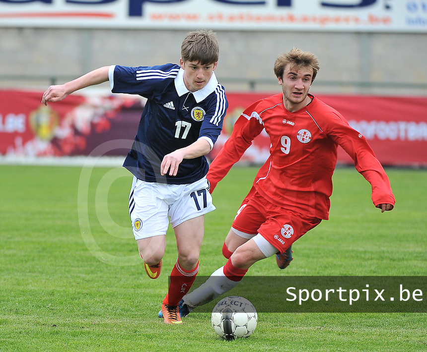 Scotland U19 - Georgia U19 : Ryan Gauld (17) and Teimurazi Markozashvili (9).foto DAVID CATRY / Nikonpro.be