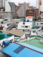 Dächer im Viertel Dongpirang, Tongyeong, Provinz Gyeongsangnam-do, Südkorea, Asien<br /> Dongpirang quarters, Tongyeong,  province Gyeongsangnam-do, South Korea, Asia