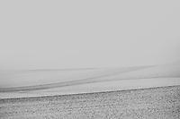 Landschaft im Kluetzer Winkel: EUROPA, DEUTSCHLAND, MECKLENBURG- VORPOMMERN, (EUROPE, GERMANY), 09.02.2013: Landschaft im Kluetzer Winke, Beim Kluetzer Winkel  handelt sich um den an der Ostsee gelegenen westlichen Teil des Kreisgebietes zwischen den Hansestaedten Luebeck und Wismar, noerdlich der Stadt Grevesmuehlen, mit dem Zentrum Kluetz. Die huegelige Landschaft im Kluetzer Winkel ist von der letzten Eiszeit gepraegt.