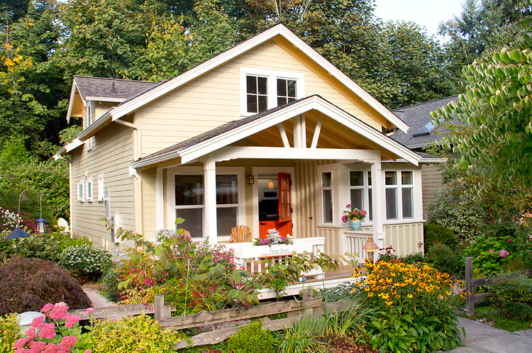 Cottage Architecture Connover Commons Redmond