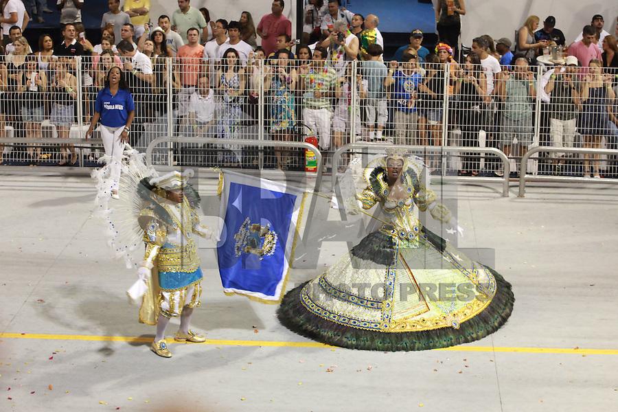SAO PAULO, SP, 19 DE FEVEREIRO 2012 - CARNAVAL SP - PEROLA NEGRA - Desfile da escola de samba Dragoes da Real na segunda noite do Carnaval 2012 de São Paulo, no Sambódromo do Anhembi, na zona norte da cidade, neste domingo. (FOTO: RICARDO LOU  - BRAZIL PHOTO PRESS).