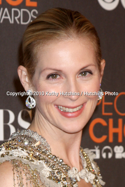Kelly Rutherford.arriving  at the 2010 People's Choice Awards.Nokia Theater.January 6, 2010.©2010 Kathy Hutchins / Hutchins Photo.