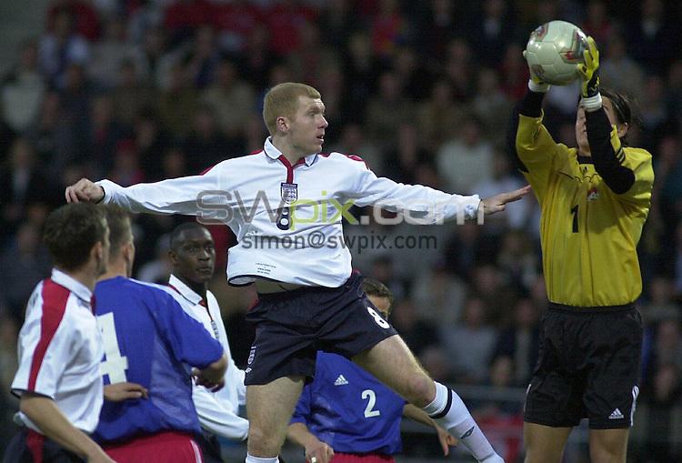 Pix: Dave Winter/SWpix.com. Football.International Football European Qualifiers. Liechtenstein v England, Vaduz. 29/03/03...COPYRIGHT PICTURE>>SIMON WILKINSON>>01943 436649>>..England's Paul Scholes goes close as Liechtenstein's keeper Jehle saves